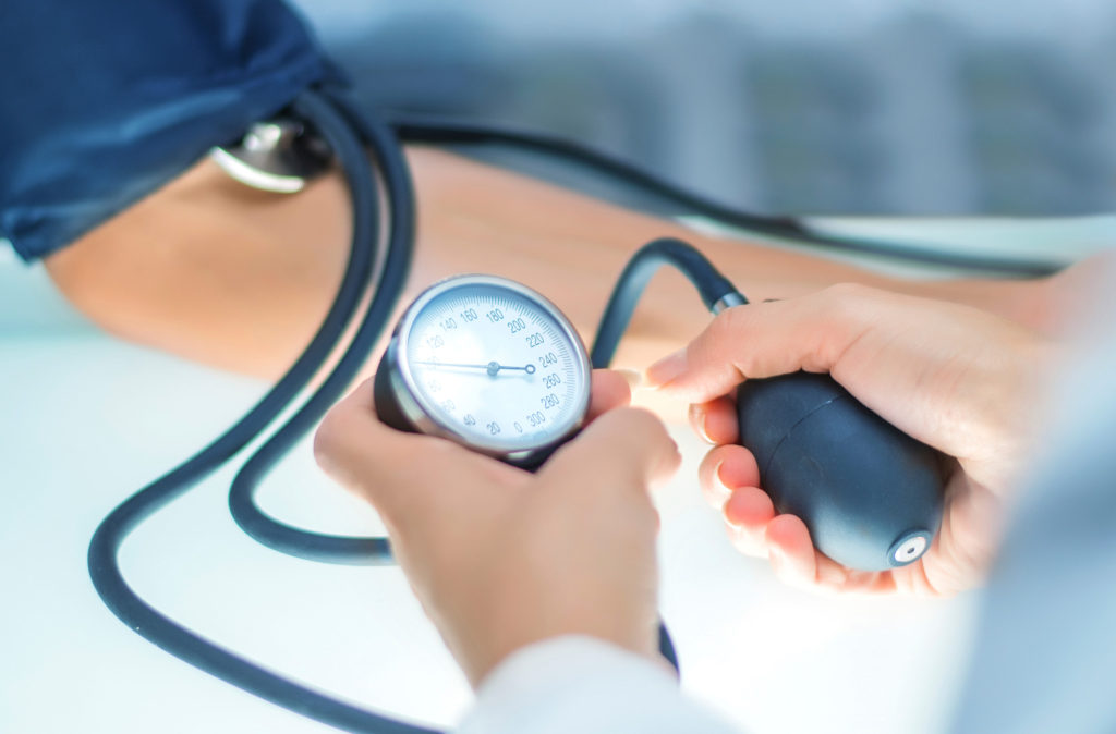 Αρτηριακή Υπέρταση - hypertension-blood-pressure-measuring